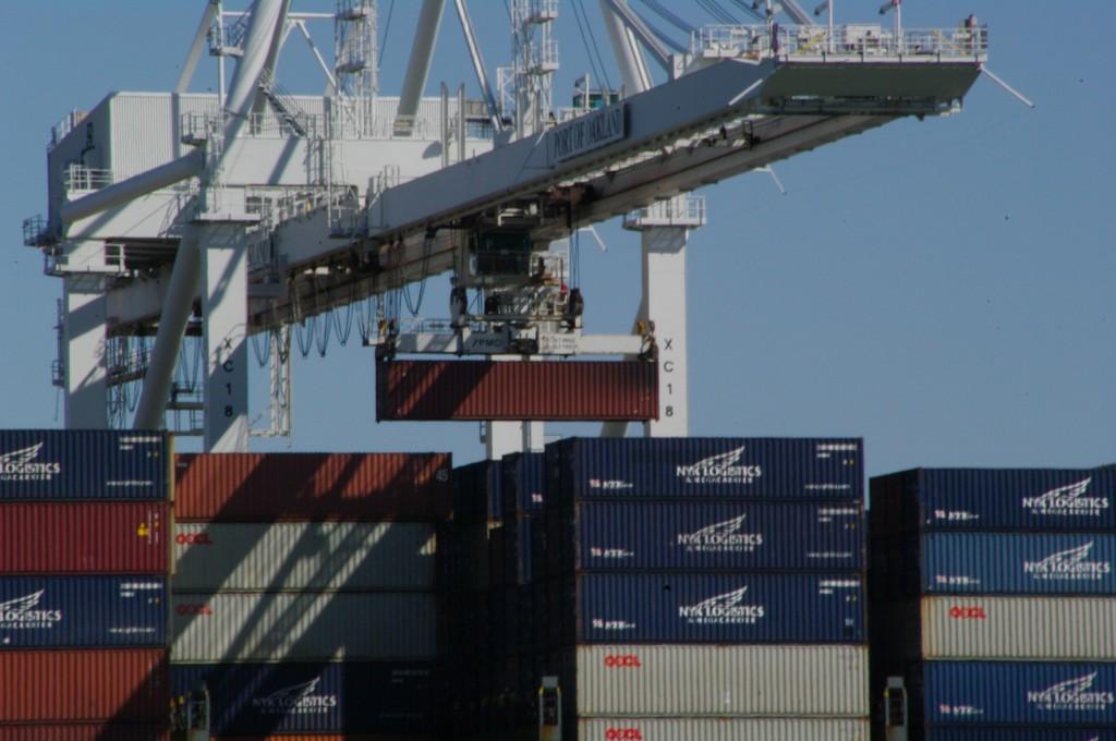 containerverladung schiff